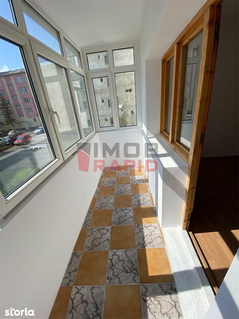Apartament decomandat cu 4 camere, etajul 1, Zona Lama
