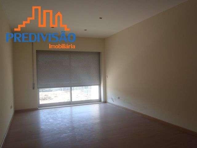 Apartamento para comprar, Alvarelhos e Guidões, Trofa, Porto - Foto 1