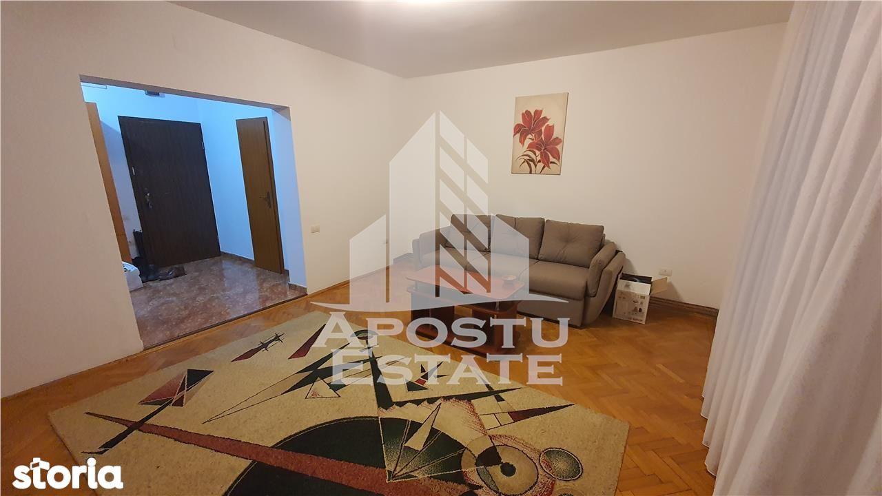 Apartament 2 camere, zona Medicina, centrala proprie, mobilat si utila
