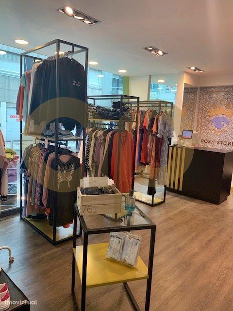Trespasse Loja de roupa no Edifício Catulo – Trofa