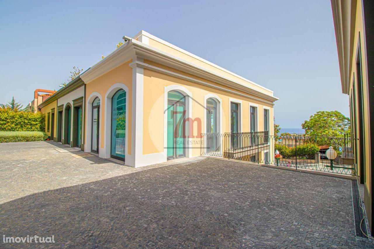 Loja destinada a comércio ou serviços no Funchal