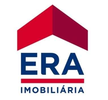 Este apartamento para comprar está a ser divulgado por uma das mais dinâmicas agência imobiliária a operar em Póvoa de Santa Iria e Forte da Casa, Lisboa