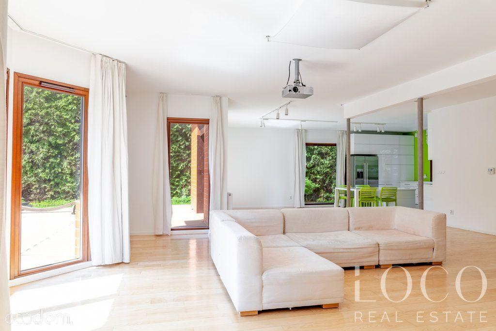 Piękny, nowoczesny wolnostojący dom 5 pokoi
