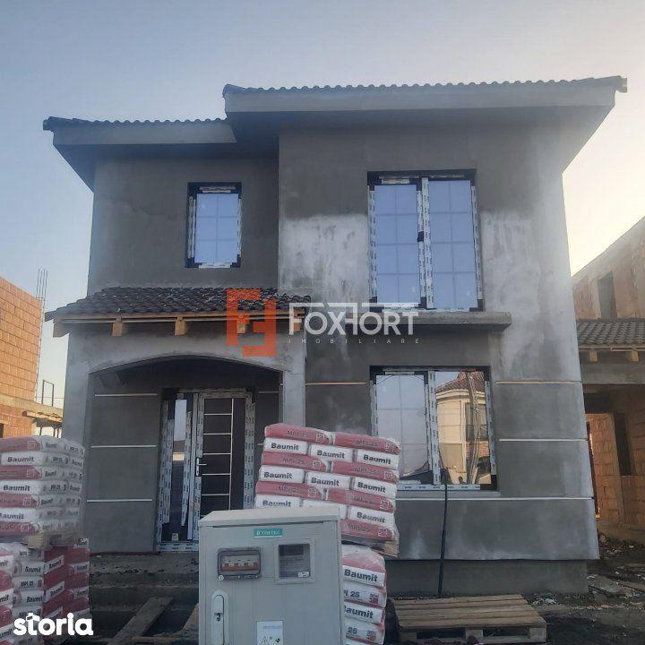 Duplex  4 camere , carport, zona Cora  - V1414