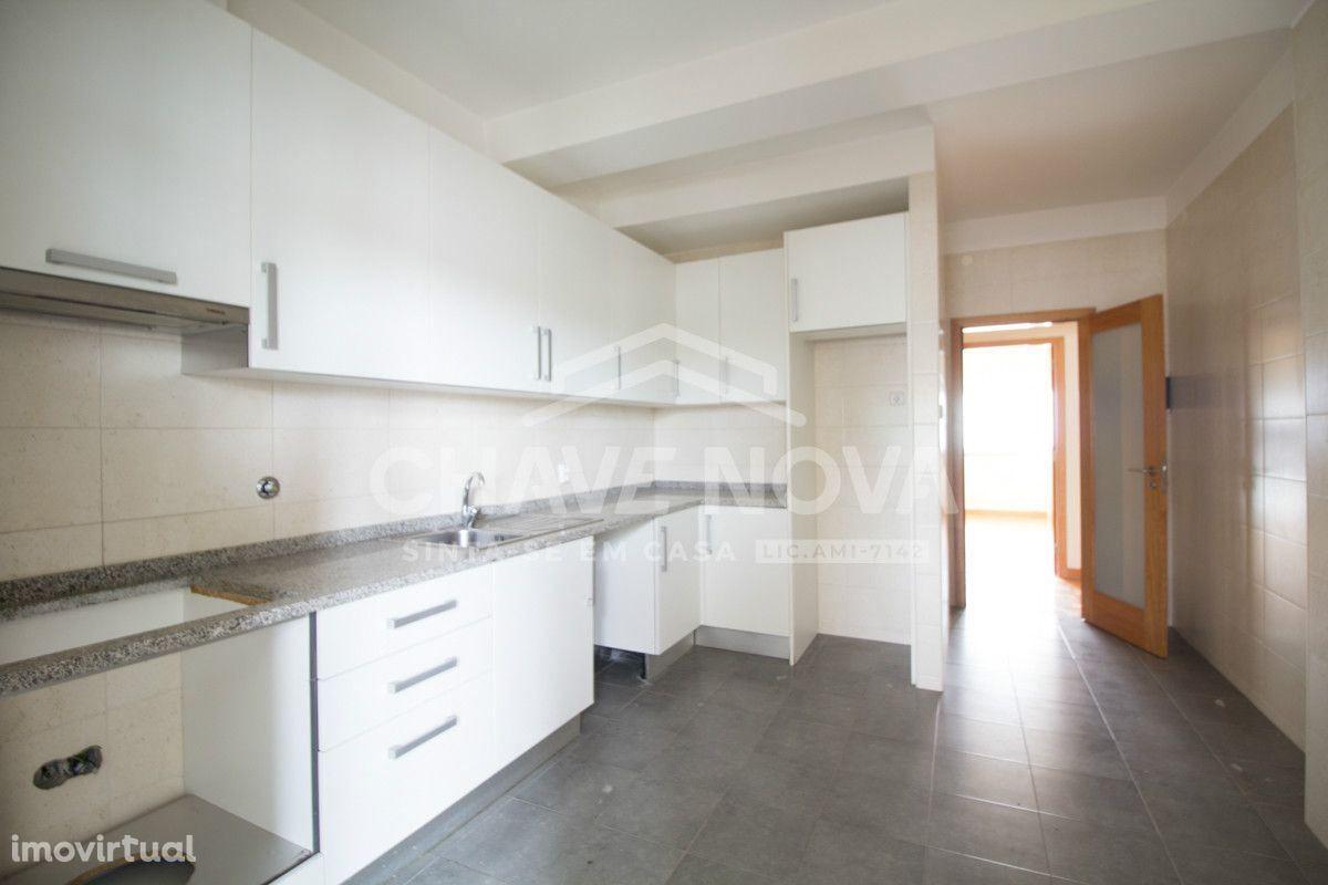 Apartamento T4- Porto, Paranhos