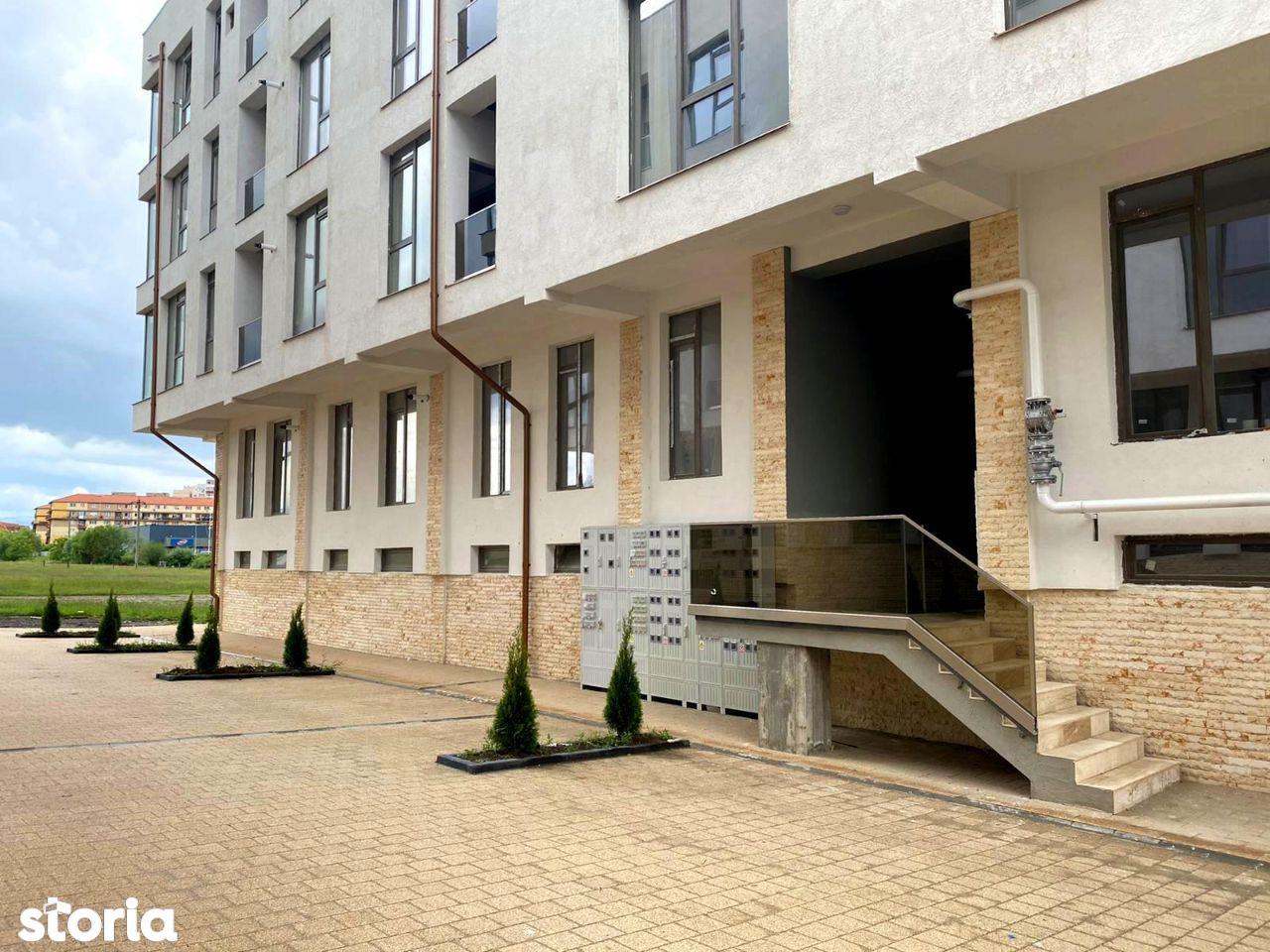 Proprietar vand apartament 3 camere Doamna Stanca colt cu str Ostirii