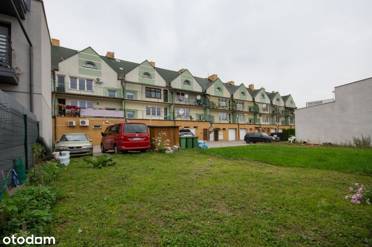 segment- lokal i trzy mieszkania tzw bezczynszowe