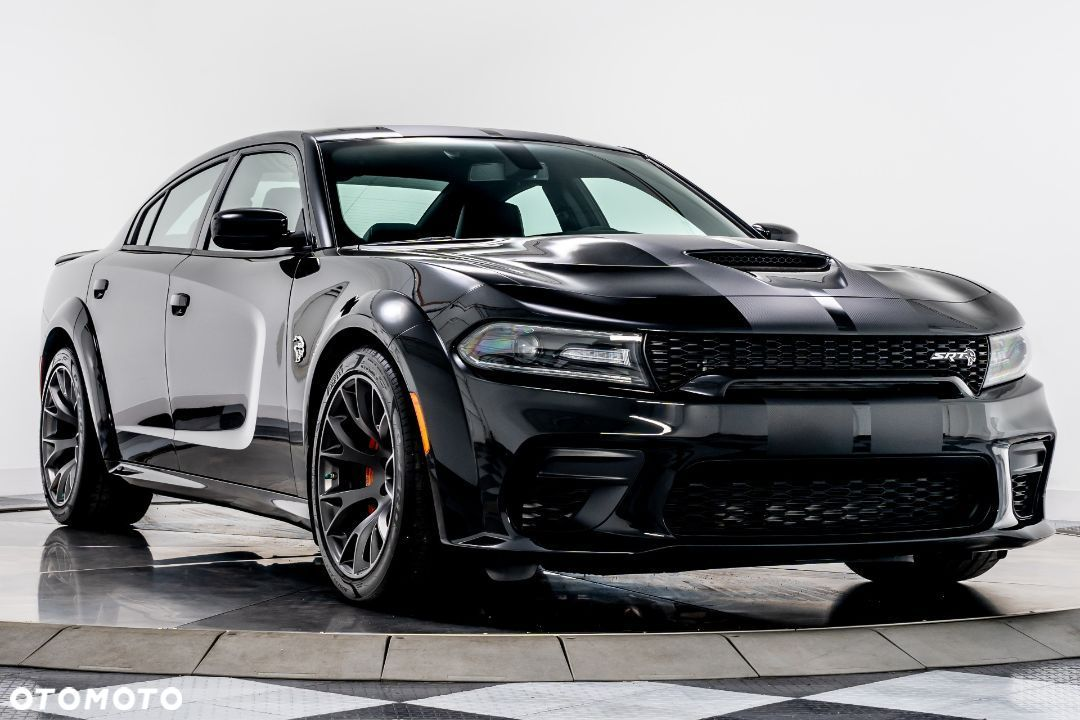 Dodge Charger Hellcat Widebody - 1