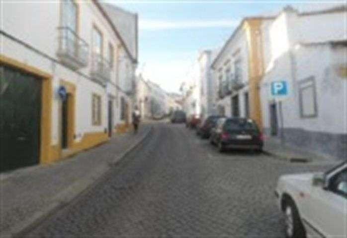 Armazém para comprar, Évora (São Mamede, Sé, São Pedro e Santo Antão), Évora - Foto 1