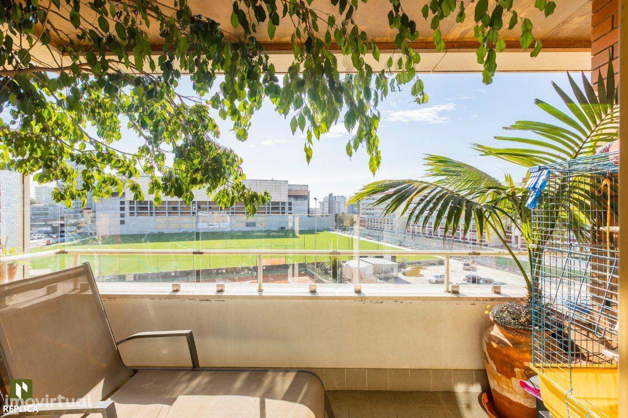 Apartamento T4 Boavista - Estádio do Bessa.