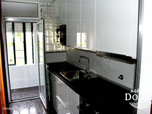 Apartamento T3 à venda em Avintes