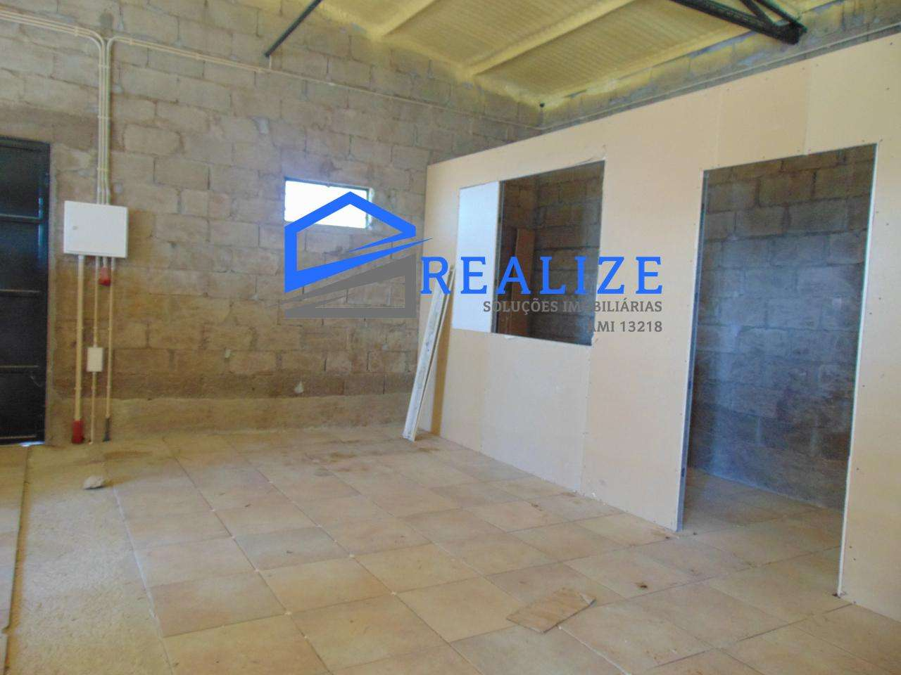 Armazém para arrendar, Borbela e Lamas de Olo, Vila Real - Foto 8