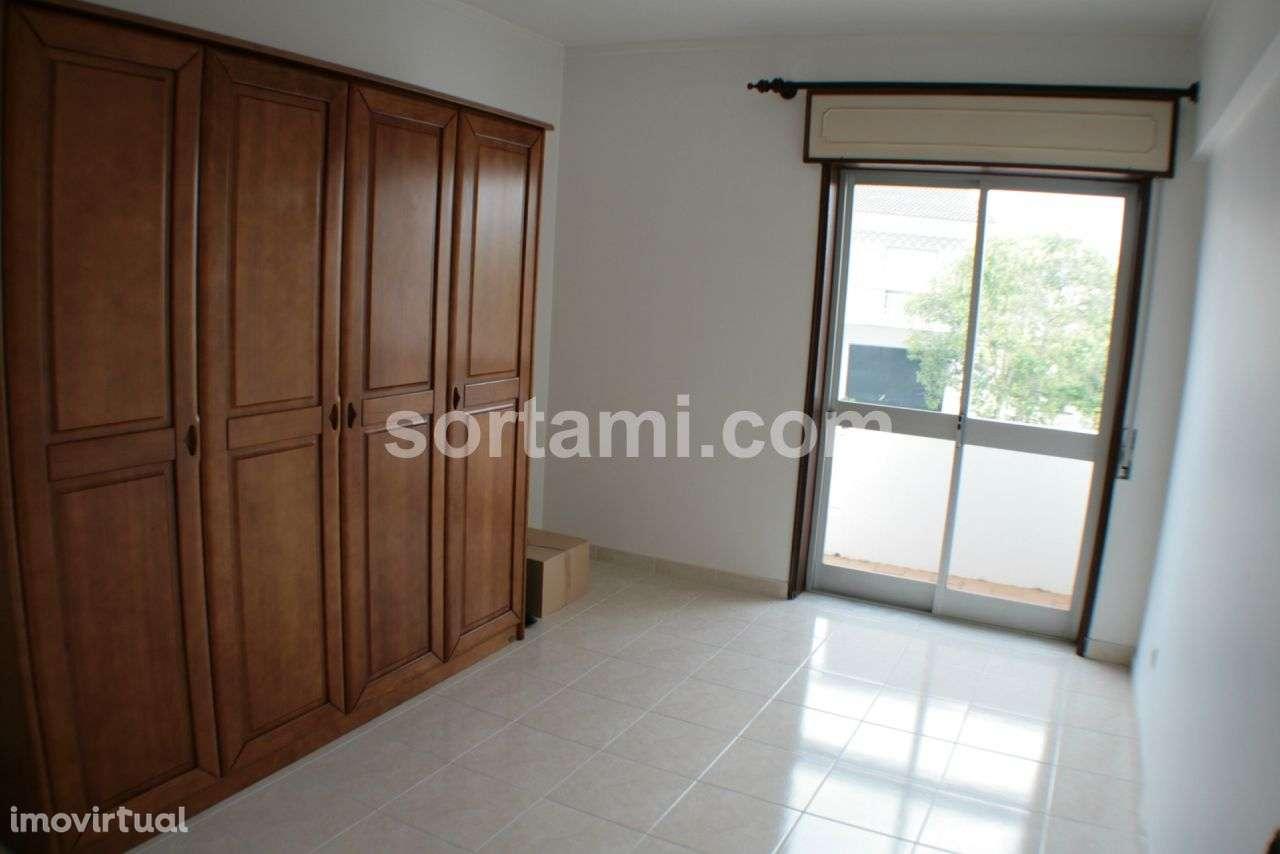 Apartamento para comprar, Faro (Sé e São Pedro), Faro - Foto 1