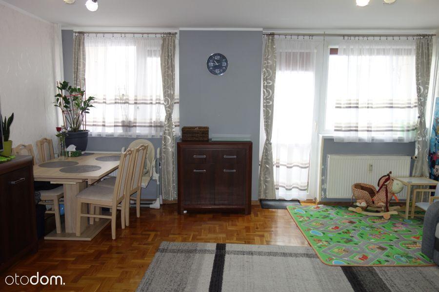 Oleśnica / 3 Pokoje/ Balkon / Piwnica / Centrum