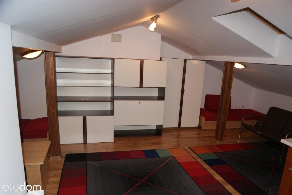 Mieszkanie na strychu, poddasze przy PKP Wawer