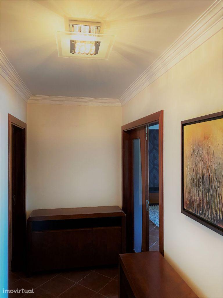 Apartamento T3 próximo do centro de Paços de Ferreira