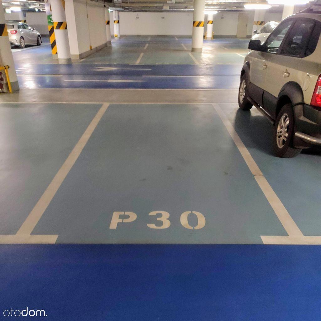 Grzybowska 61A - miejsce w garażu podziemnym