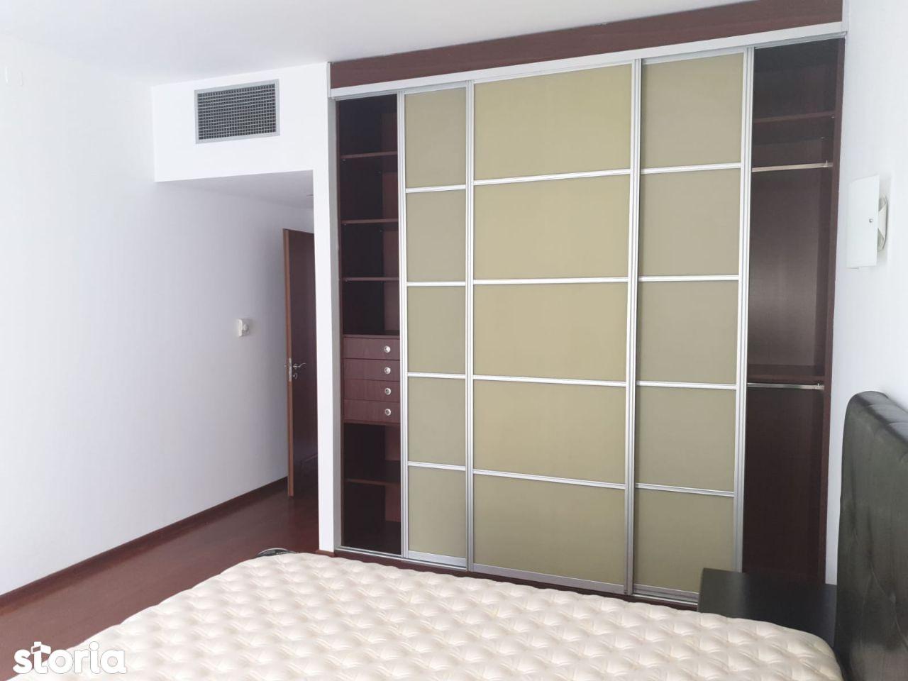 Apartament de inchiriat Al Alexandru sect 1, bloc 2005