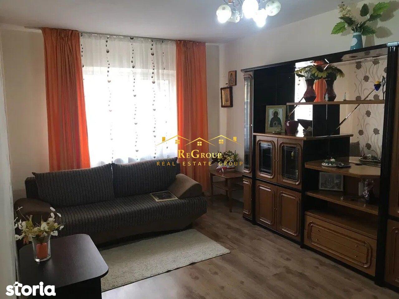 Vanzare apartament decomandat-Galata