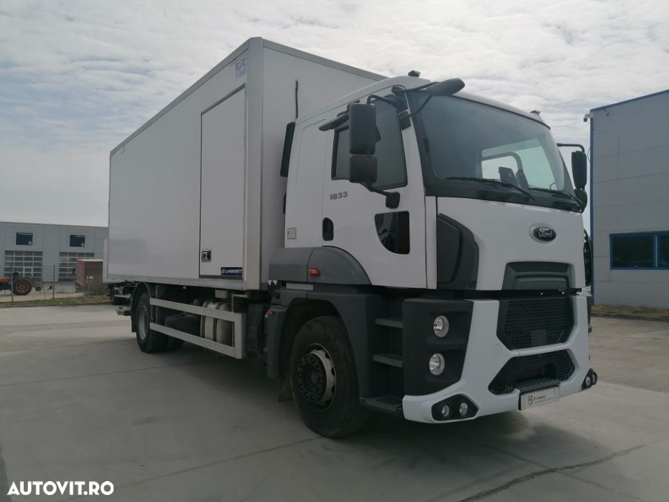 Ford Cargo - 2