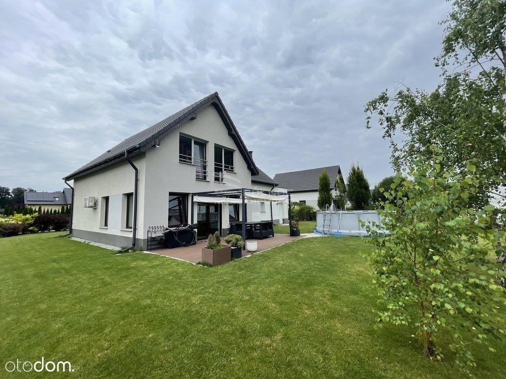 Komfortowy, bezobsługowy dom w zaciszu zieleni