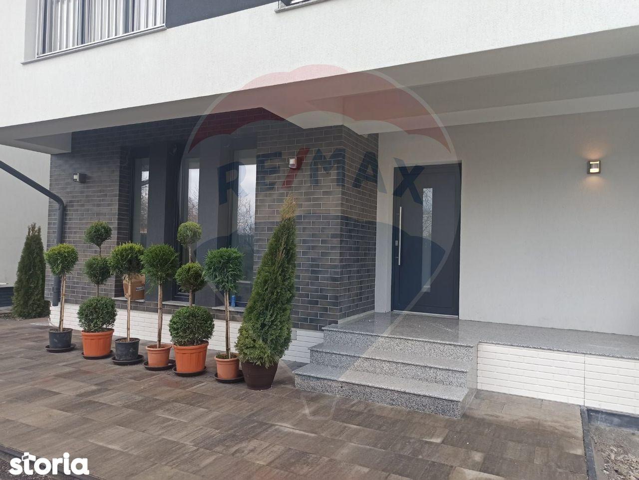 Vila in Complex Nou Locatie Excelenta  - Finisaje Premium