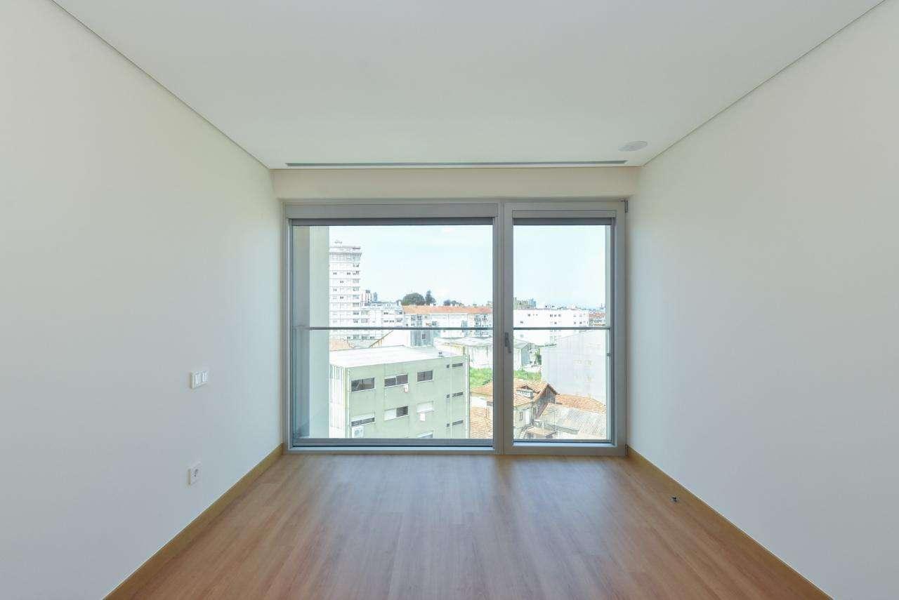 Apartamento para comprar, Mafamude e Vilar do Paraíso, Porto - Foto 46