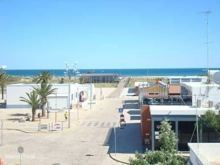EAR-016 Apartamento T2 junto à praia da Manta Rota