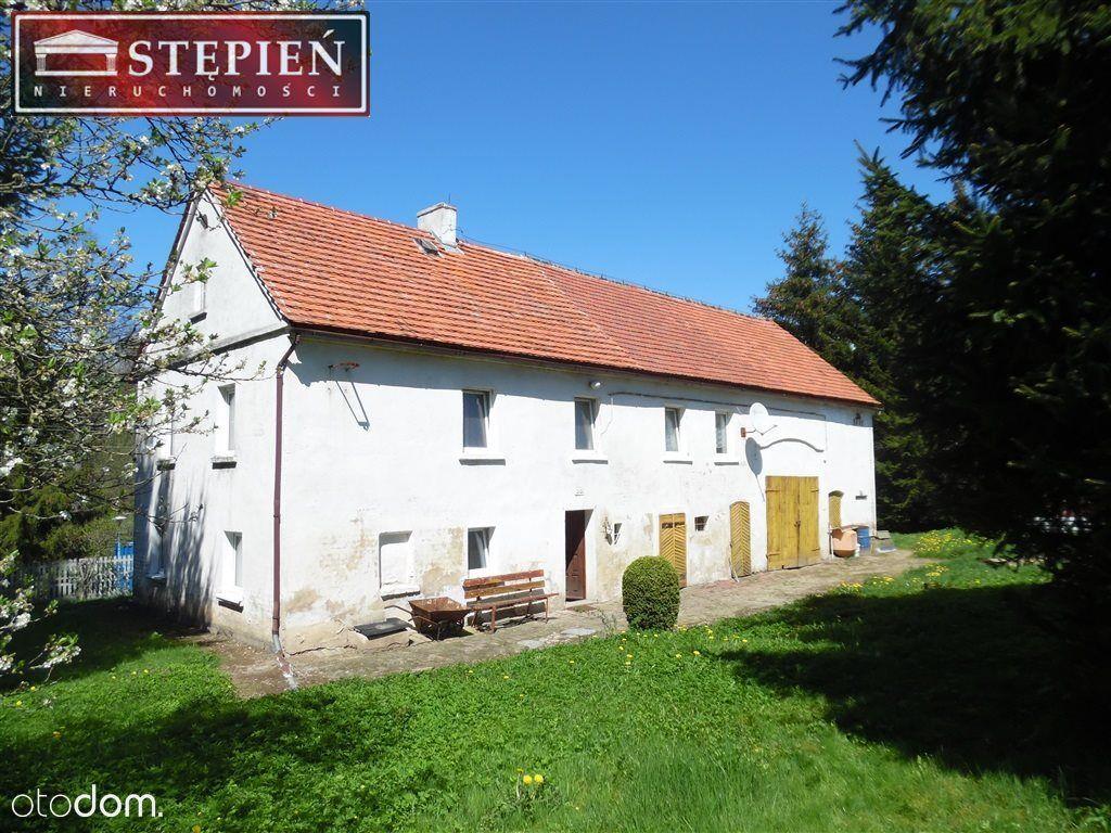 Dom, 220 m², Ubocze