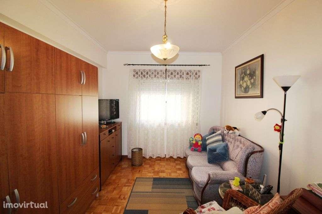 Apartamento para comprar, Rua Mouca e Comprida - Bairro Simões, Agualva e Mira-Sintra - Foto 9