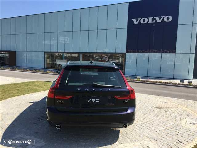 Volvo V90 2.0 D4 Momentum Geartronic - 8