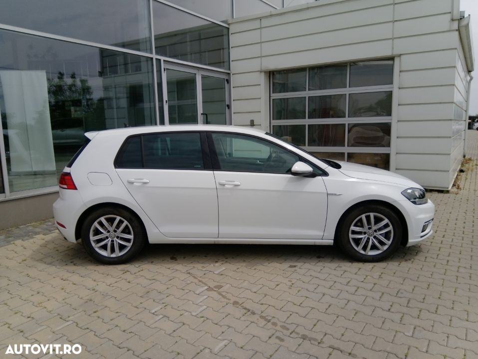 Volkswagen Golf 1.5 - 5