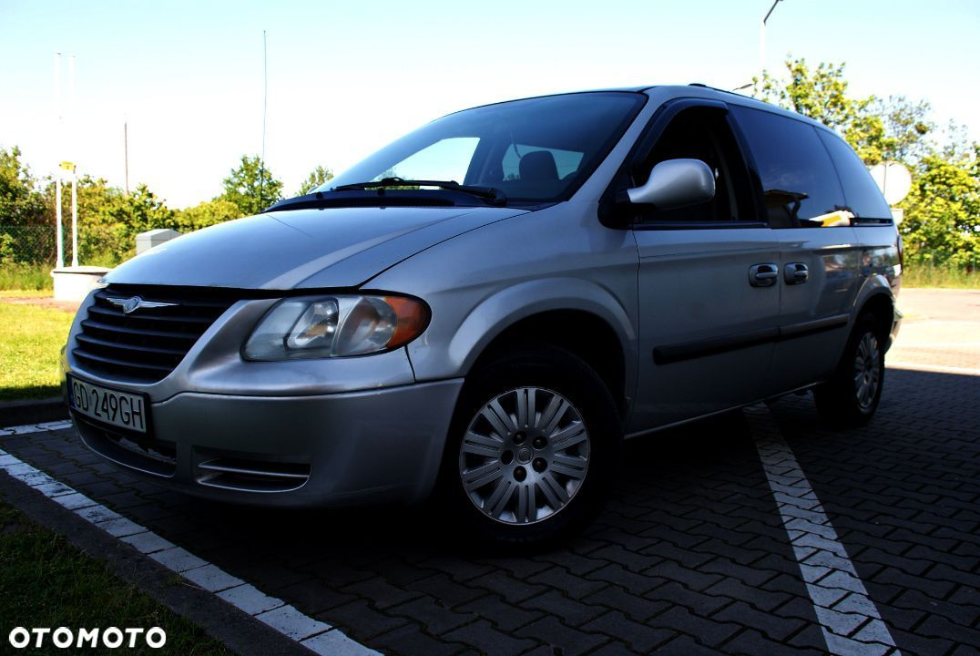 Chrysler Town & Country 3.3 Benzyna+Gaz 7 Osób - 1