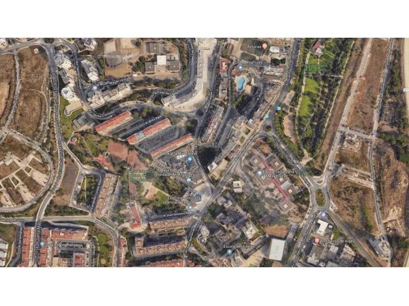 Garagem para comprar, Algés, Linda-a-Velha e Cruz Quebrada-Dafundo, Lisboa - Foto 2