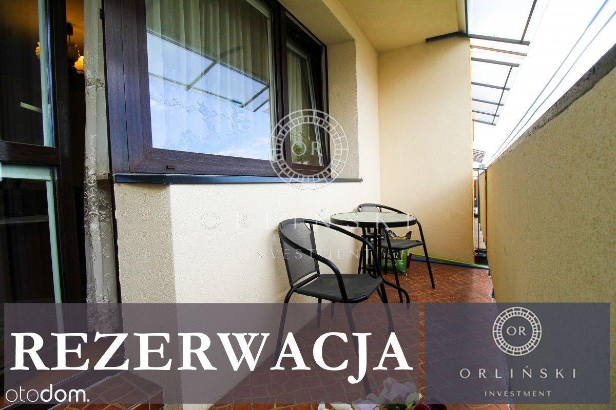 Rezerwacja Trzy pokoje dla rodziny z balkonem