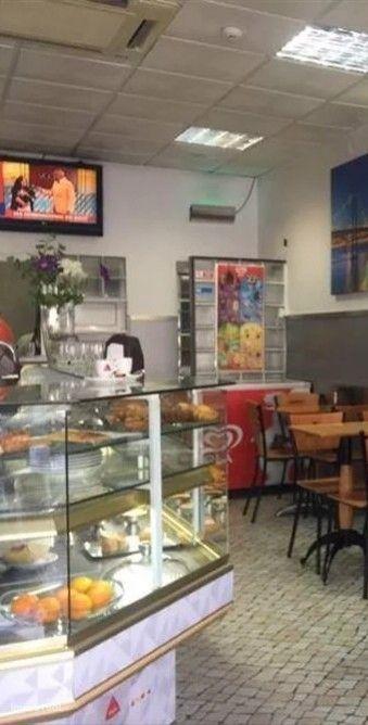 Café/Snack bar/Restaurante equipado e mobilado em Almada. Ref. 5697