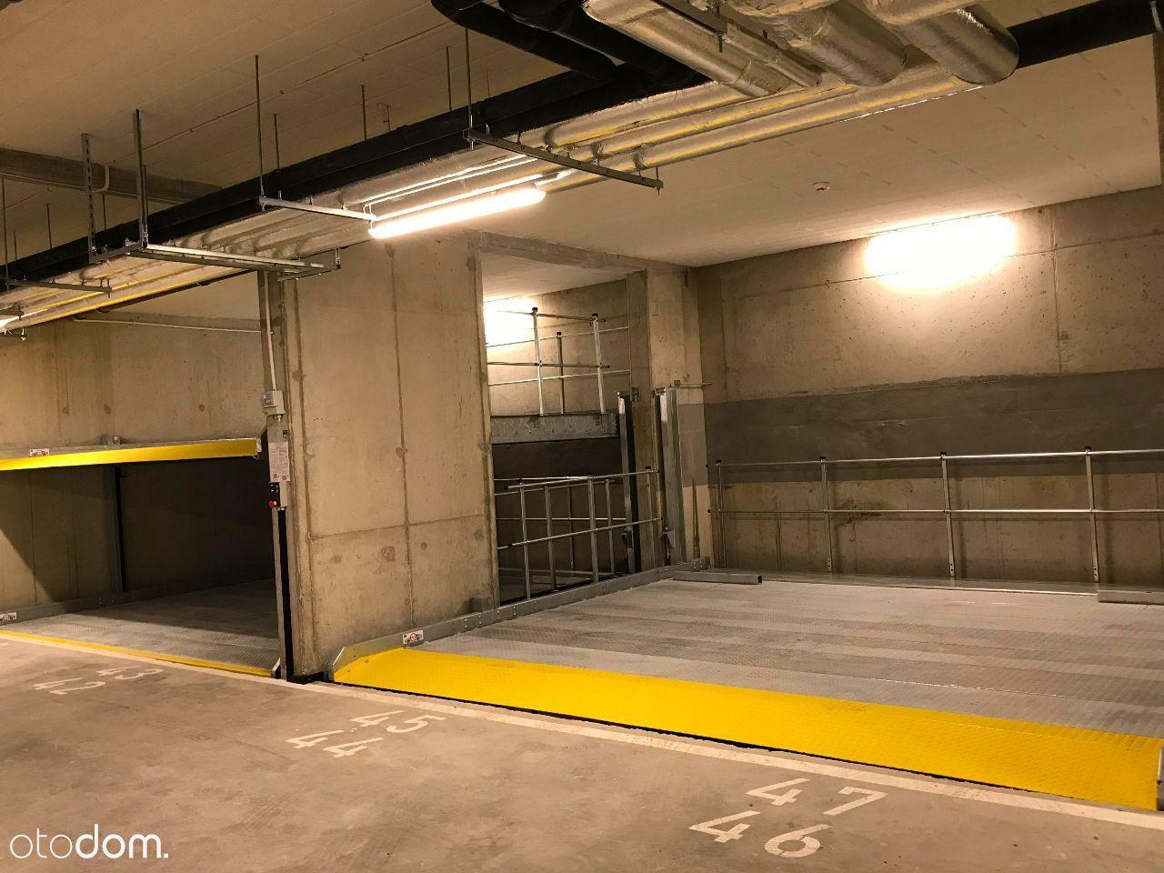 Miejsce parkingowe w garażu podziemnym, Jagiełły