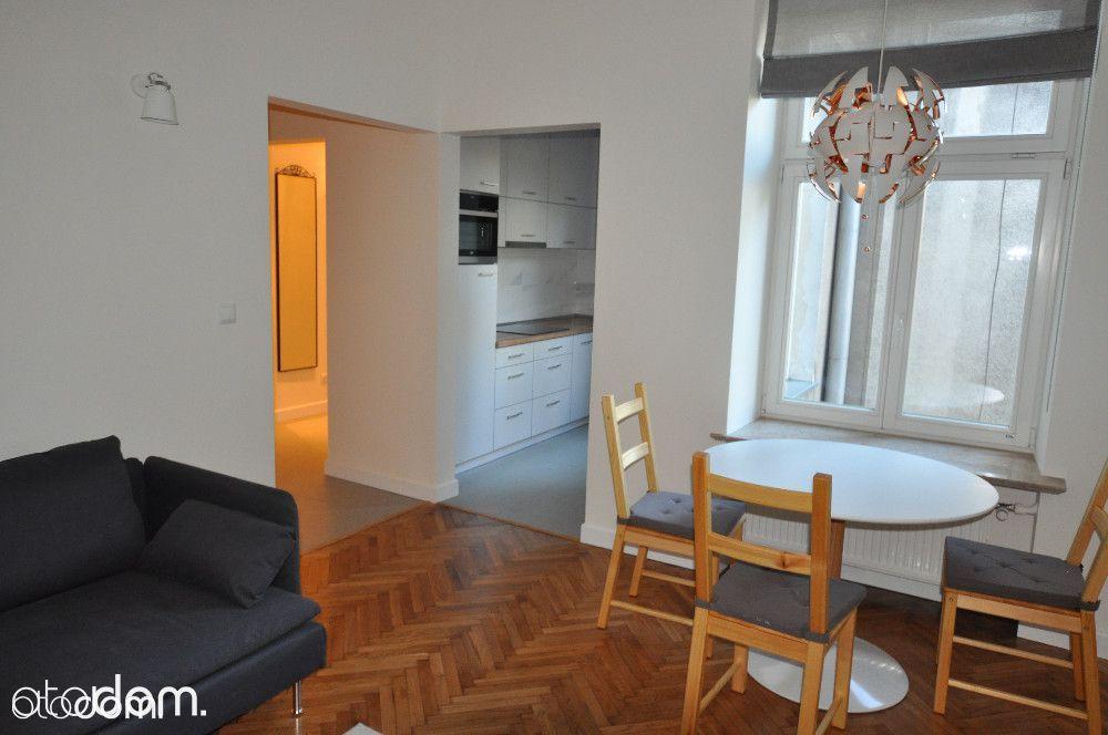 Luksusowy apartament w kamienicy w ścisłym centrum