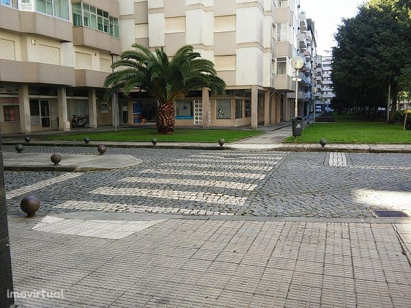 Loja | Praça João XXIII, Póvoa de Varzim