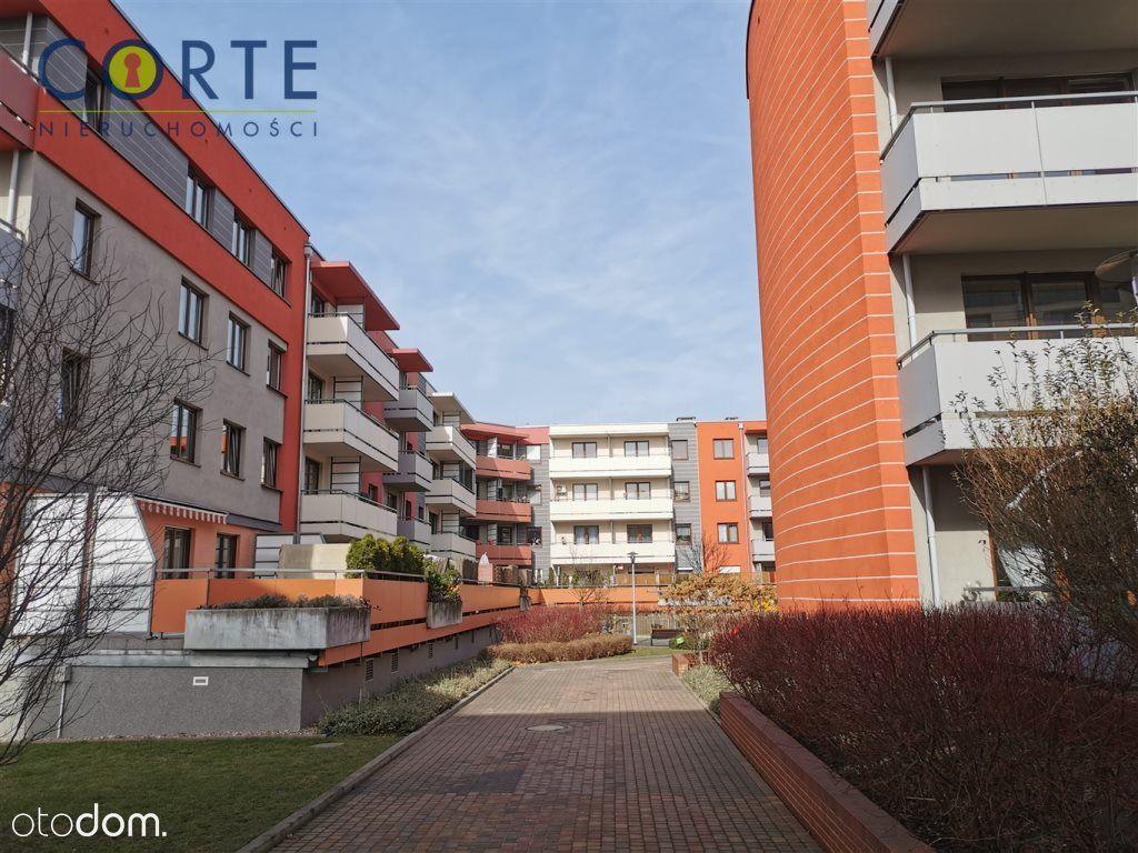 Krzyki - Jagodno -70m2- Balkon -1 Piętro -Komórka