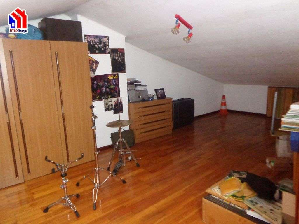 Moradia para comprar, Arentim e Cunha, Braga - Foto 13