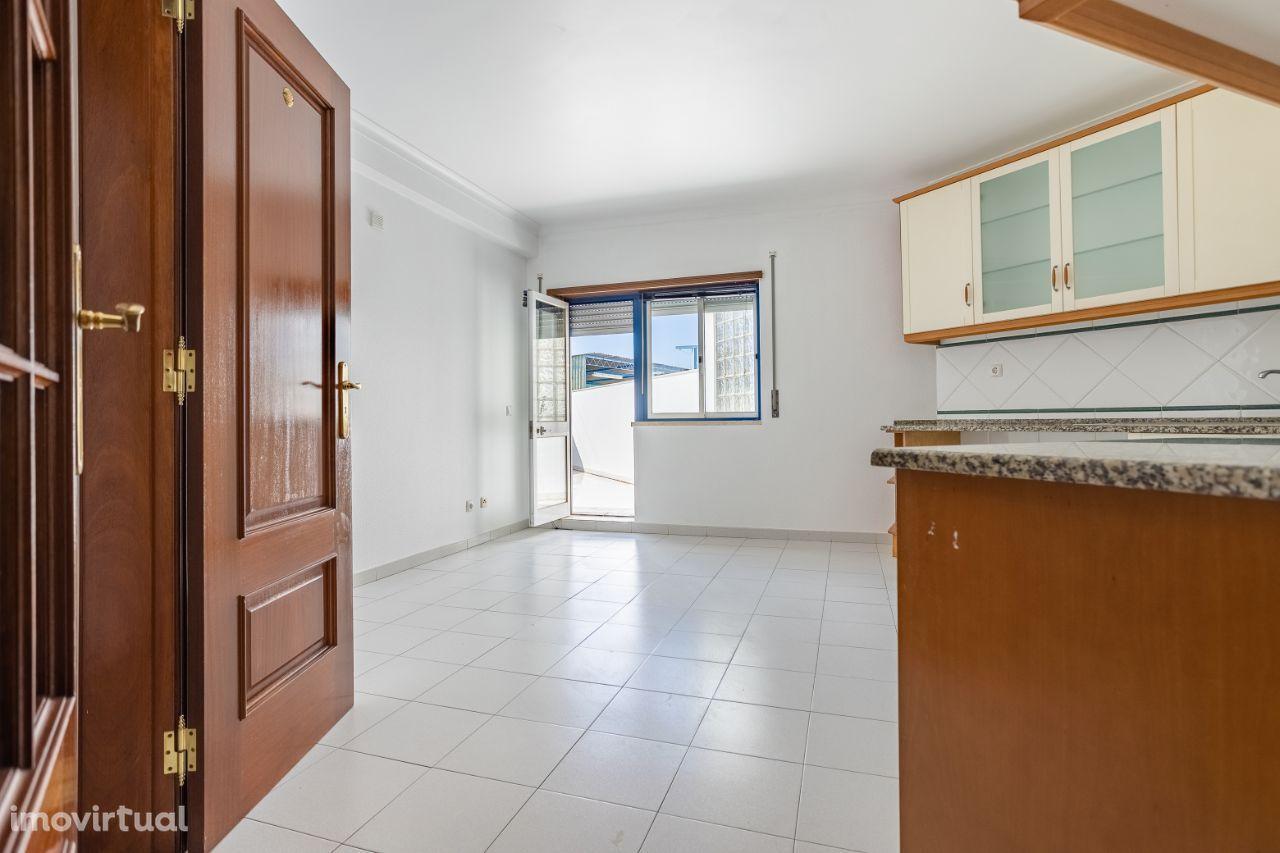 Fantástico apartamento T3 com excelentes áreas