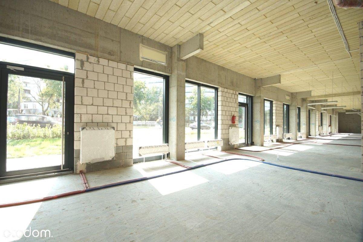 Deweloperski 451 m2 możliwość gastro