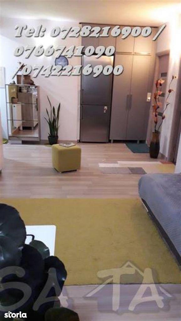 Apartament 3 Camere, Etajul 2, Strada Nicolae Titulescu