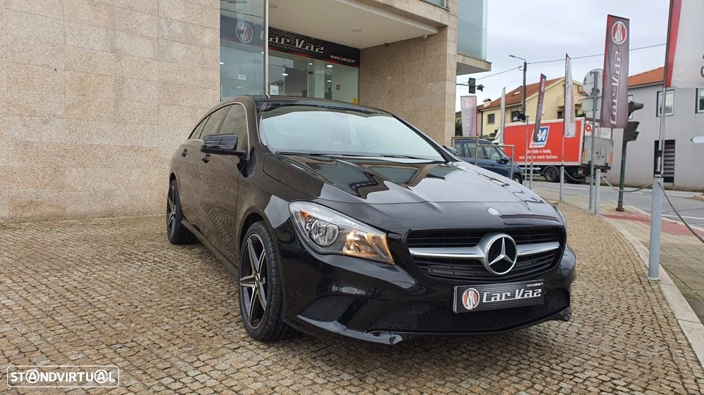 Mercedes-Benz CLA 200 d Shooting Brake Urban - 1