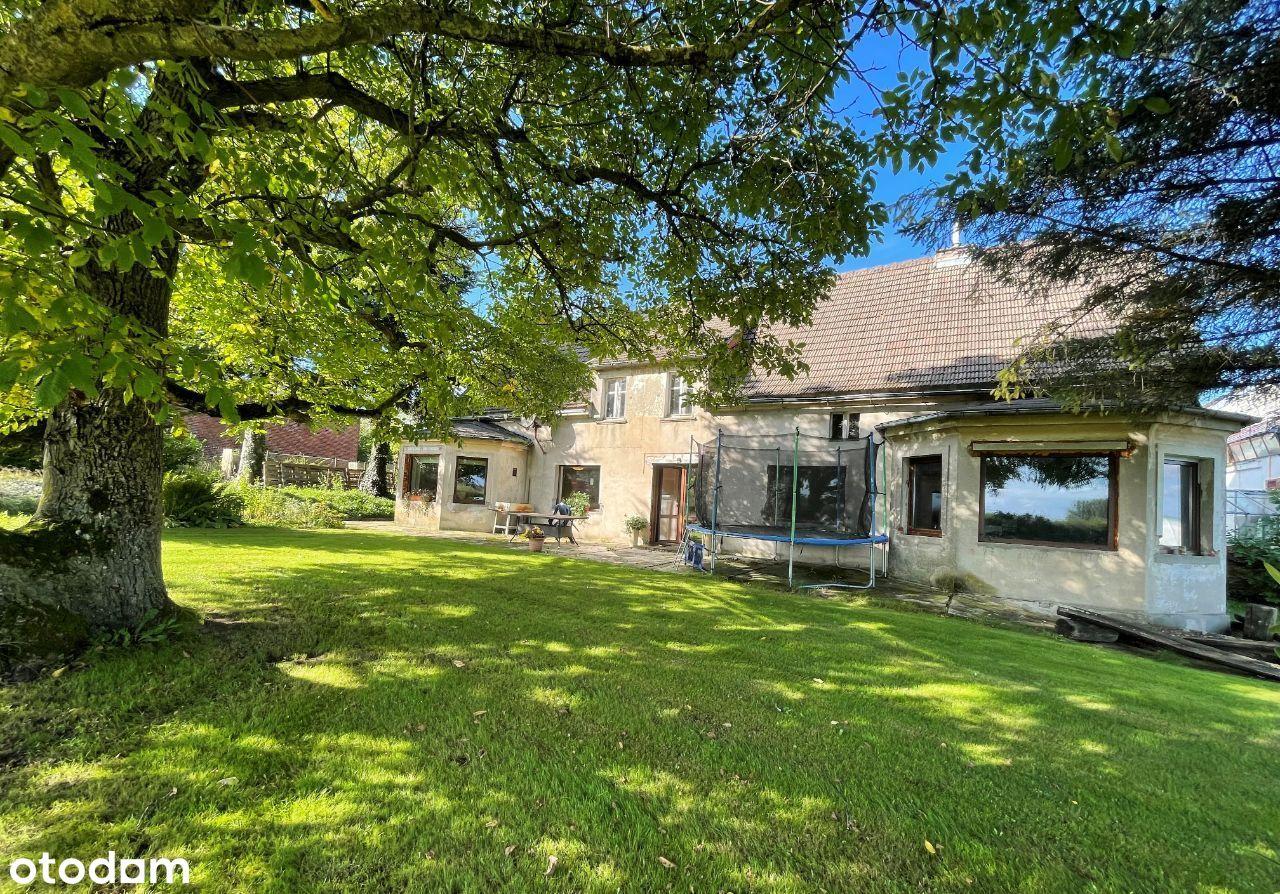 Piękny dom z dużą działką! Zielona okolica!