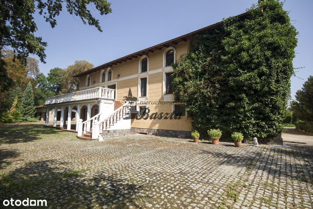 Stylowy dom nad rzeką | Dom Starców | 8 ha