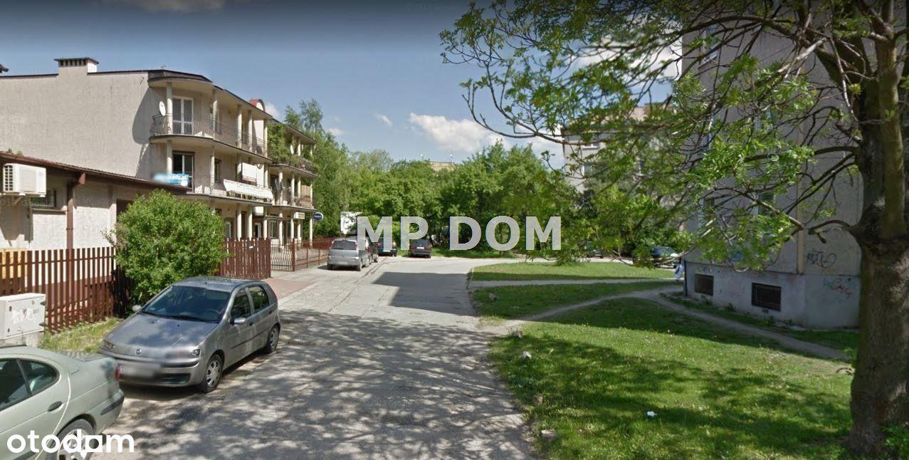 Deweloperskie Sady obok ul. Warszawskiej
