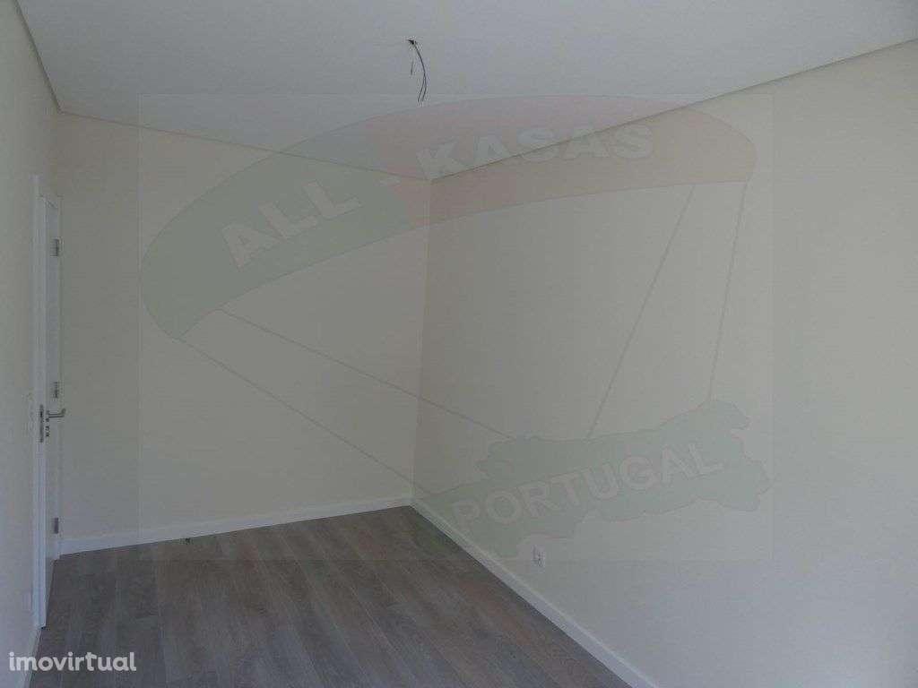 Apartamento para comprar, Rua Elias Garcia, Falagueira-Venda Nova - Foto 13