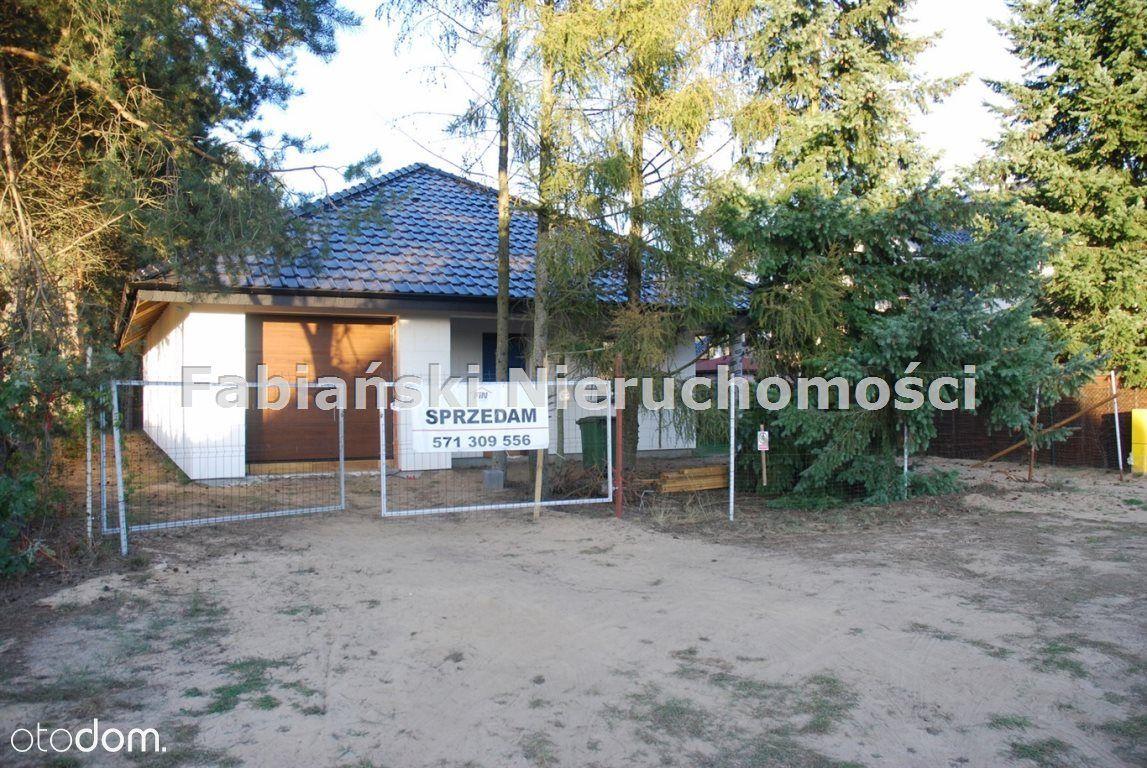 Dom, 141 m², Dąbrowa